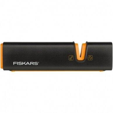 Kirvių ir peilių galąstuvas Fiskars Xsharp™