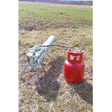 Mechaninė dujų patranka paukščių ir žvėrių baidymui 2