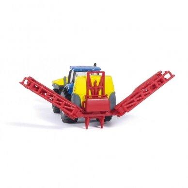 Modelis Traktorius New Holland su Kverneland pakabinamu purkštuvu 2
